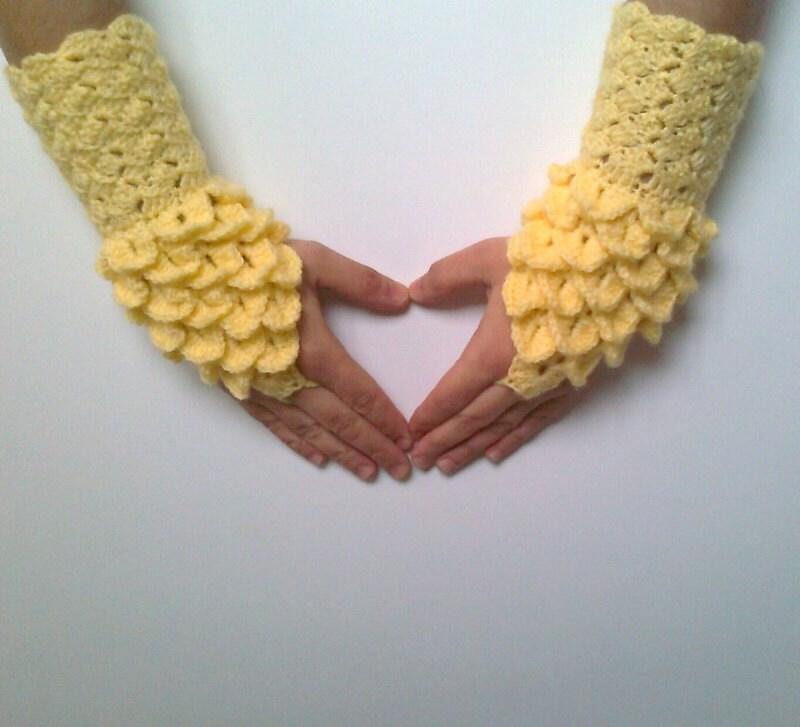 жълти ръкавици