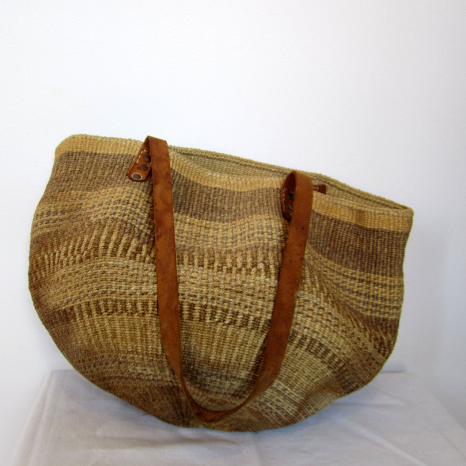 vintage natural straw woven bucket bag - As Is