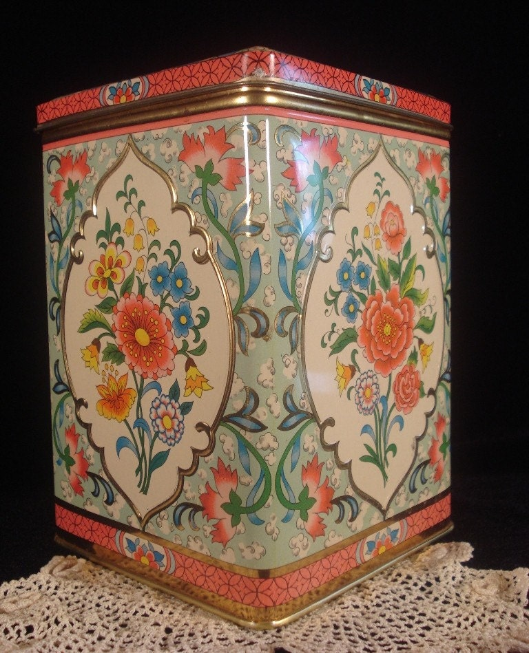 Pink and Seafoam Floral Vintage Tin