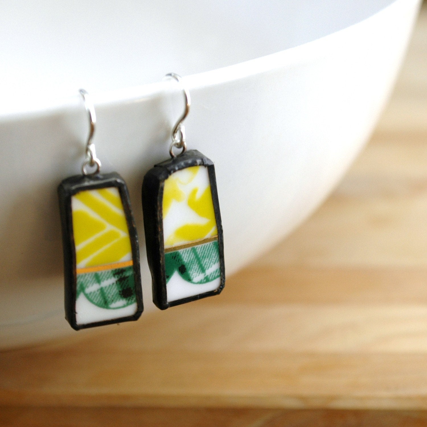 Modern Green Pattern Broken Plate Earrings