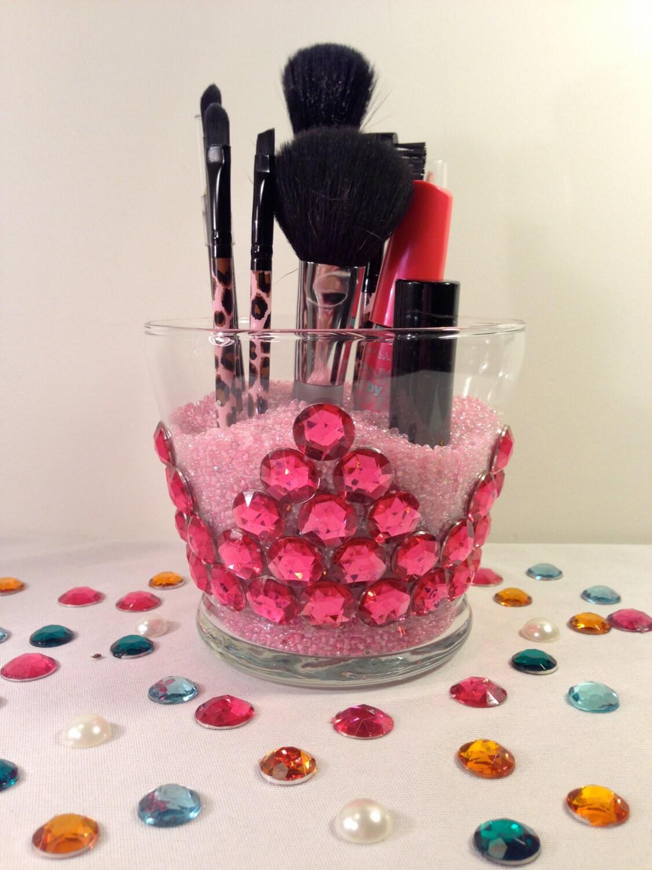 Crown Makeup Brushes on Makeup Brush Holder  Princess Pink Crown Makeup Brush Holder  Makeup