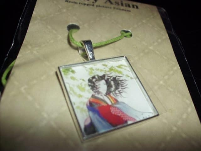 Snowy woman picture pendant necklace resin square 1""