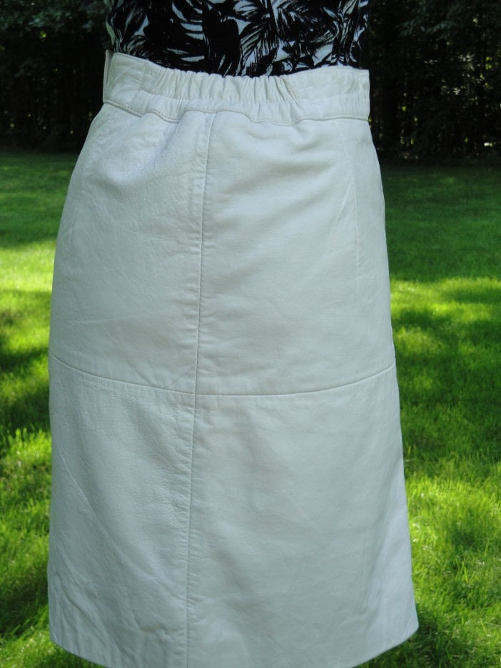 Sexy 80's WHITE LEATHER Pencil Skirt