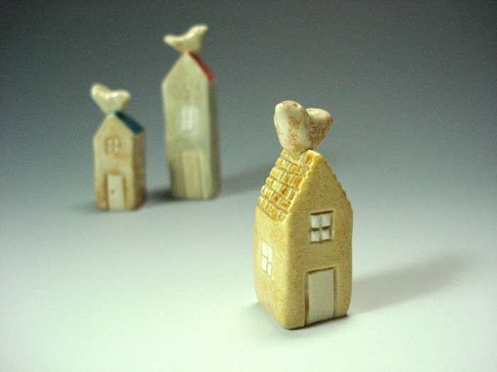 Tiny Porcelain Clay House Sculpture with Bird no 2