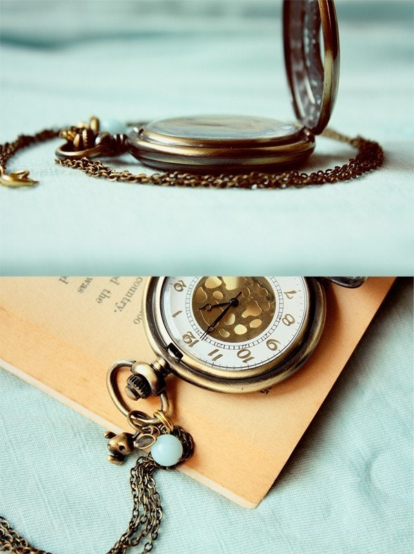 the white rabbit large pocket watch necklace (BACK ORDER)
