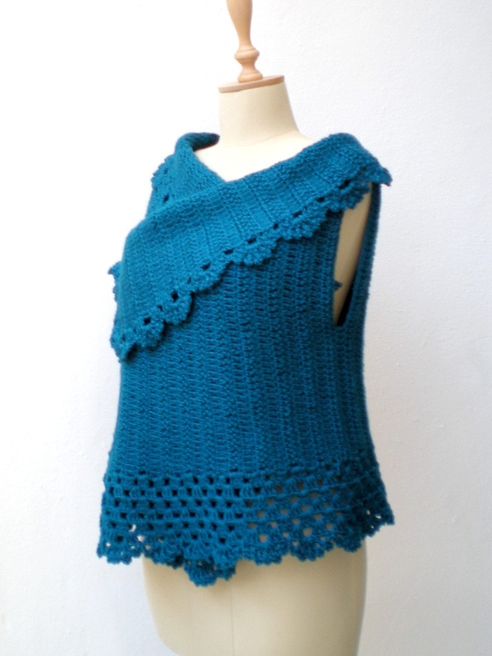 Free Crochet Pattern For Sweater Vest : SWEATER VEST CROCHET PATTERN