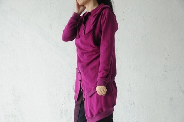 Asymmetric long sleeved shirt by gysde on Etsy