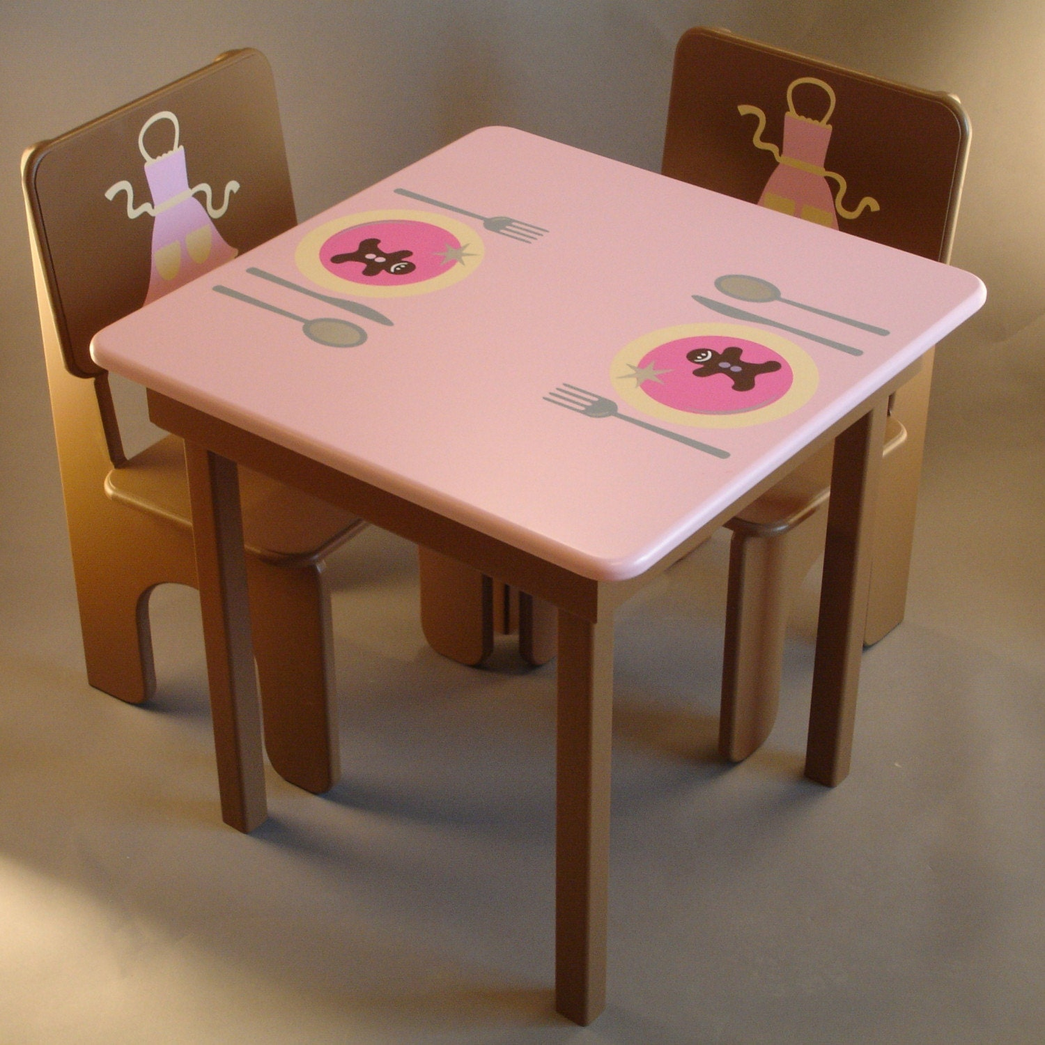 items similar to little girls kitchen table and chairs in pink and brown on etsy. Black Bedroom Furniture Sets. Home Design Ideas
