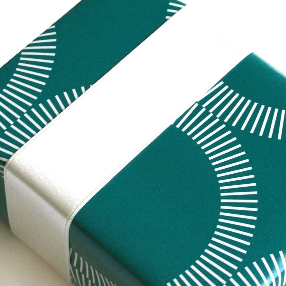 SALE Charlotte Gift Wrap Sheet