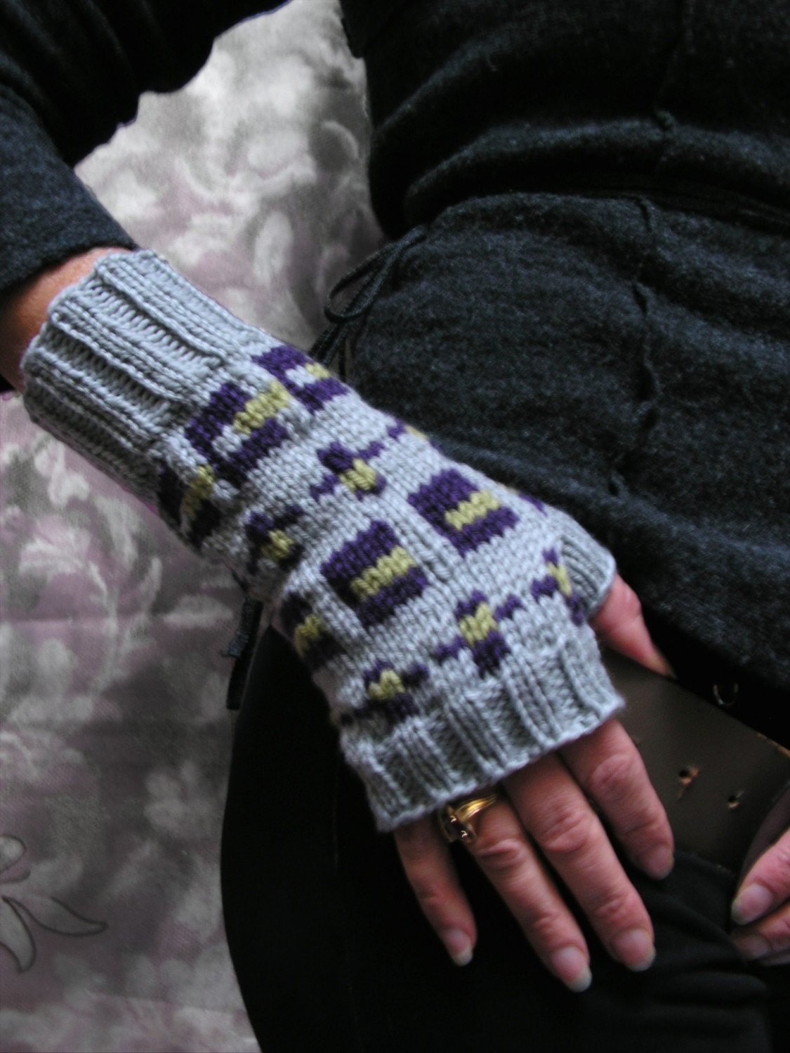Commuter Fair Isle Fingerless Mitts by jmaccknit on Etsy