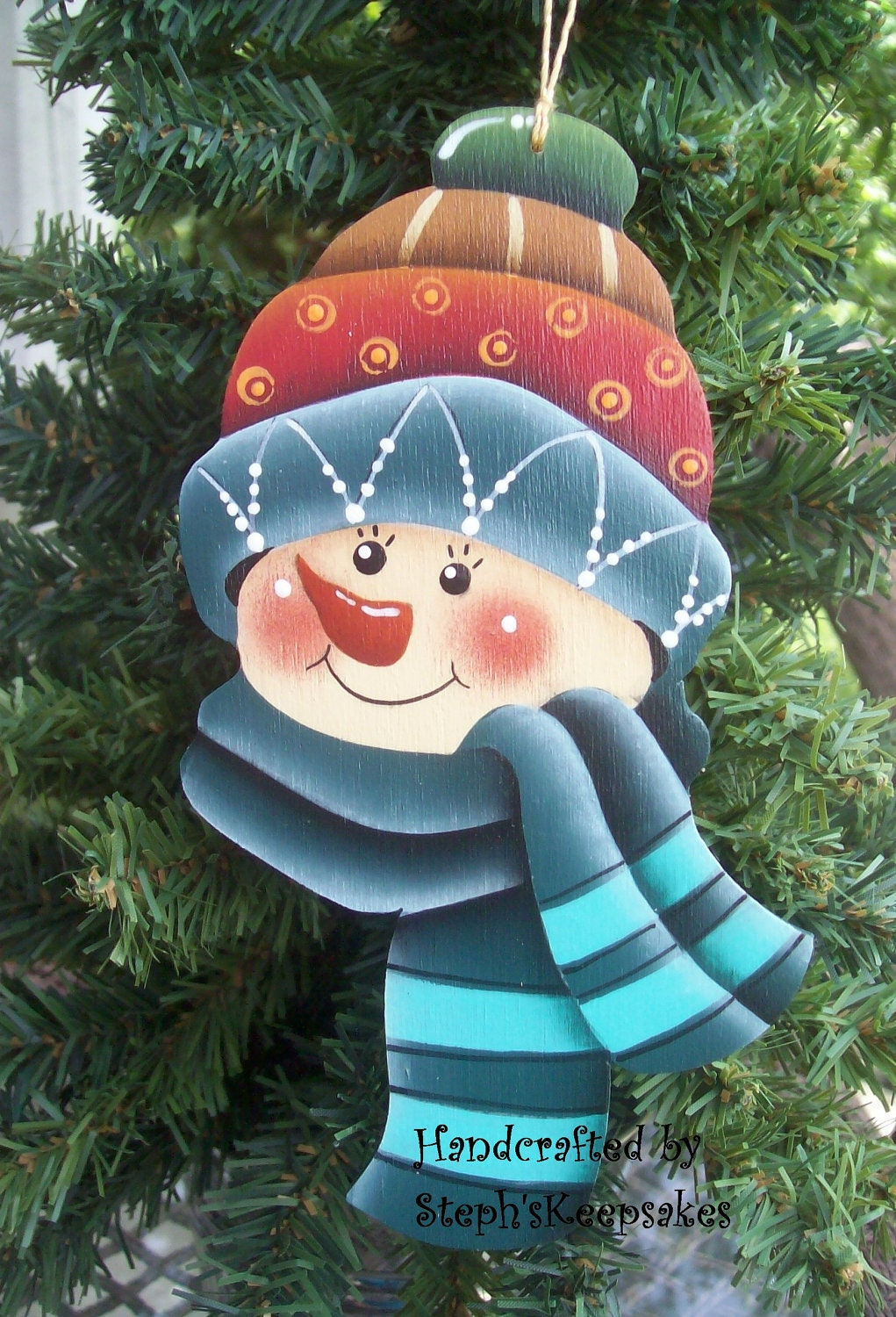 wooden hand painted snowman ornament by stephskeepsakes on etsy. Black Bedroom Furniture Sets. Home Design Ideas