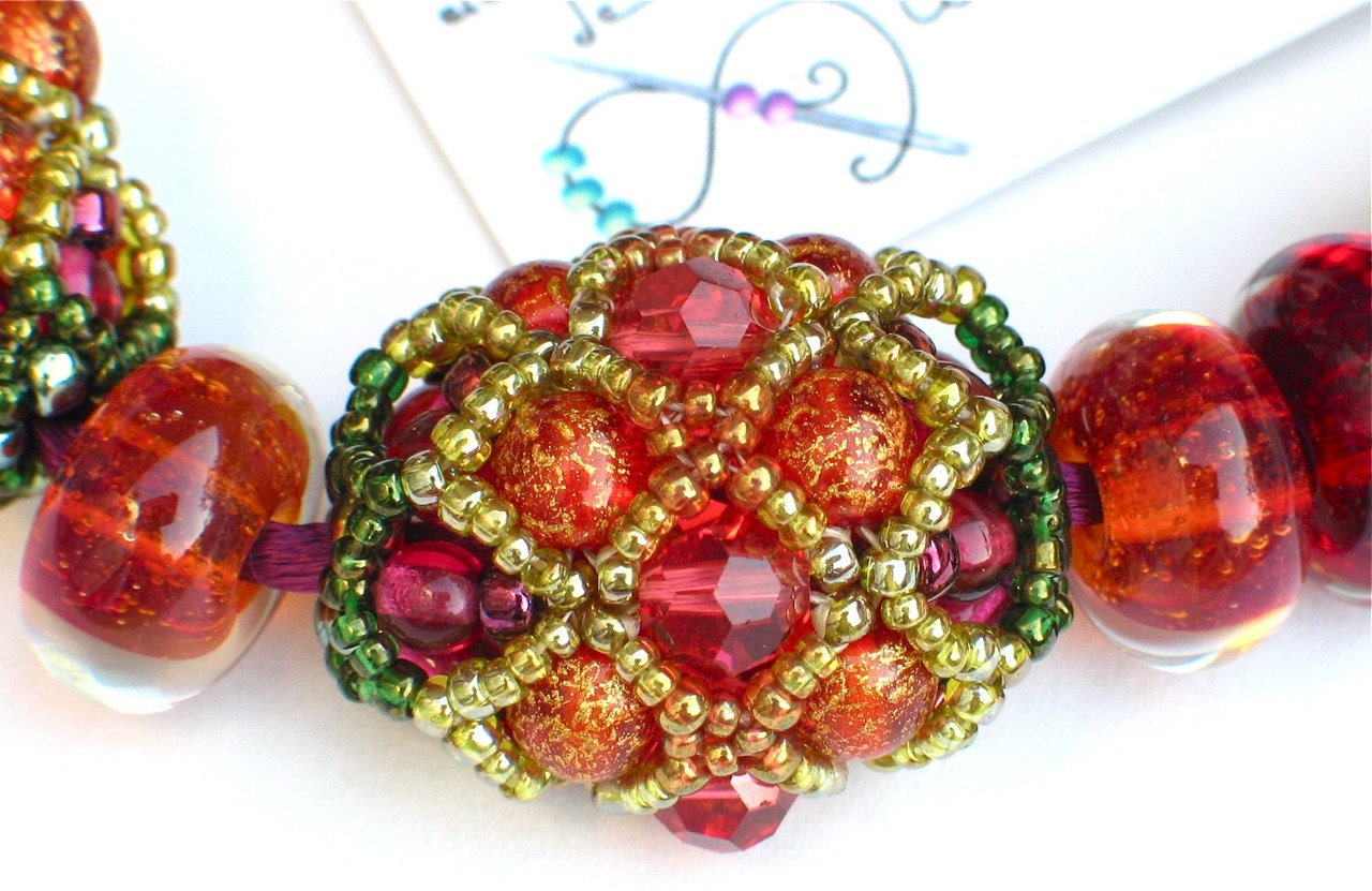Juicy Cluster Beaded Bead Necklace
