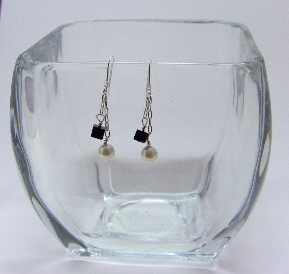 Sterling Silver Fused Agate and Swarovski Pearl Earrings - ljjwls