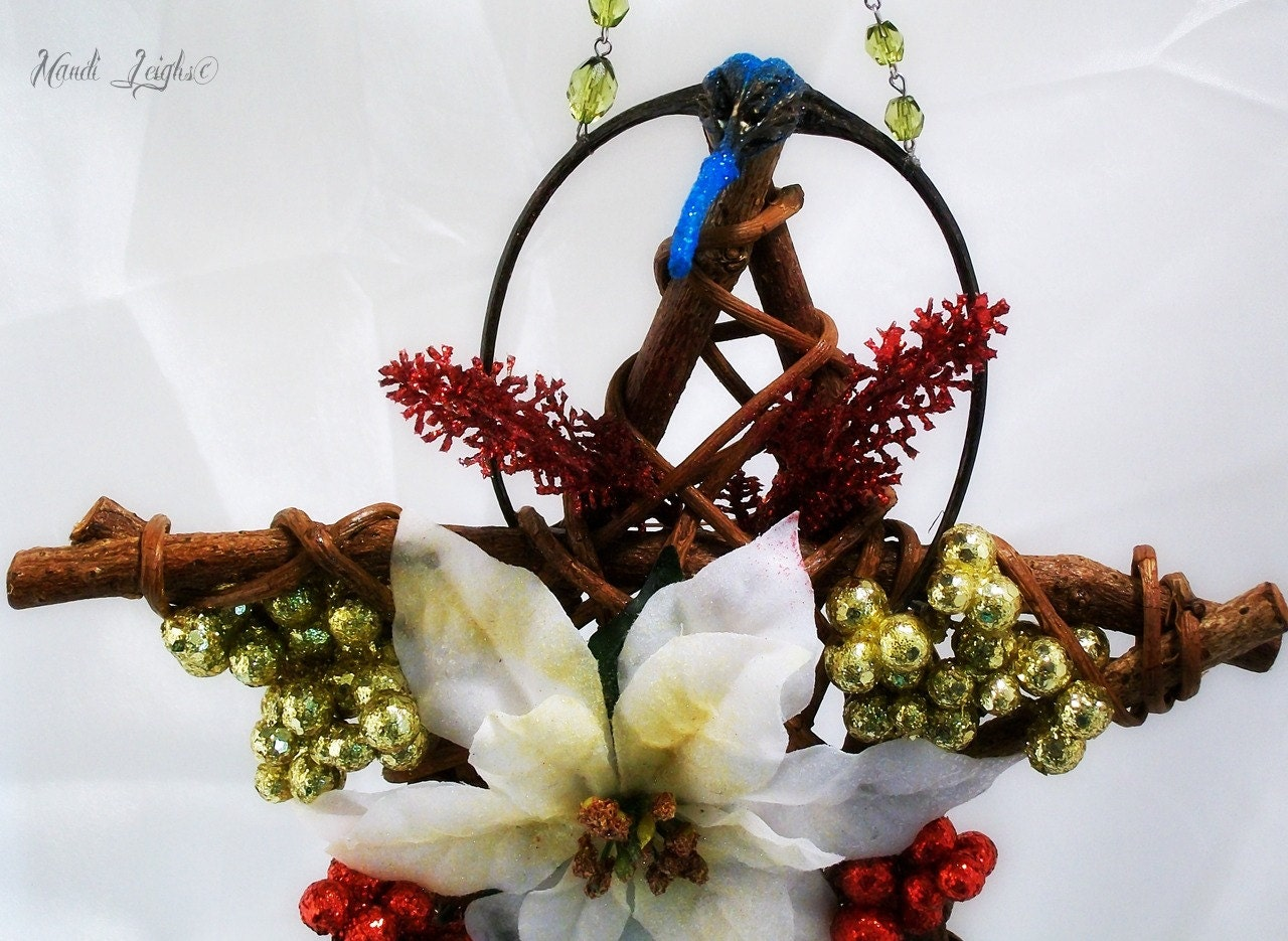 Christmas, and Yule Holiday Star Floral Willow Wreath