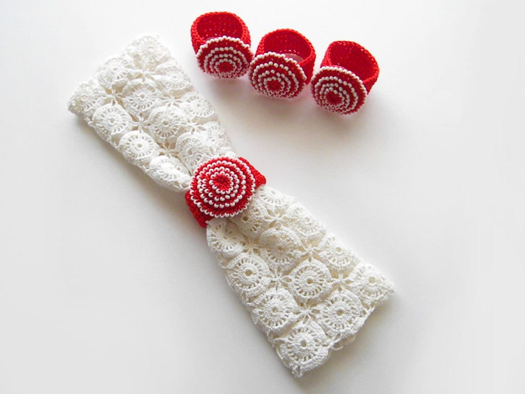 crochet napkin rings 4 red beaded cotton napkin by knittname. Black Bedroom Furniture Sets. Home Design Ideas