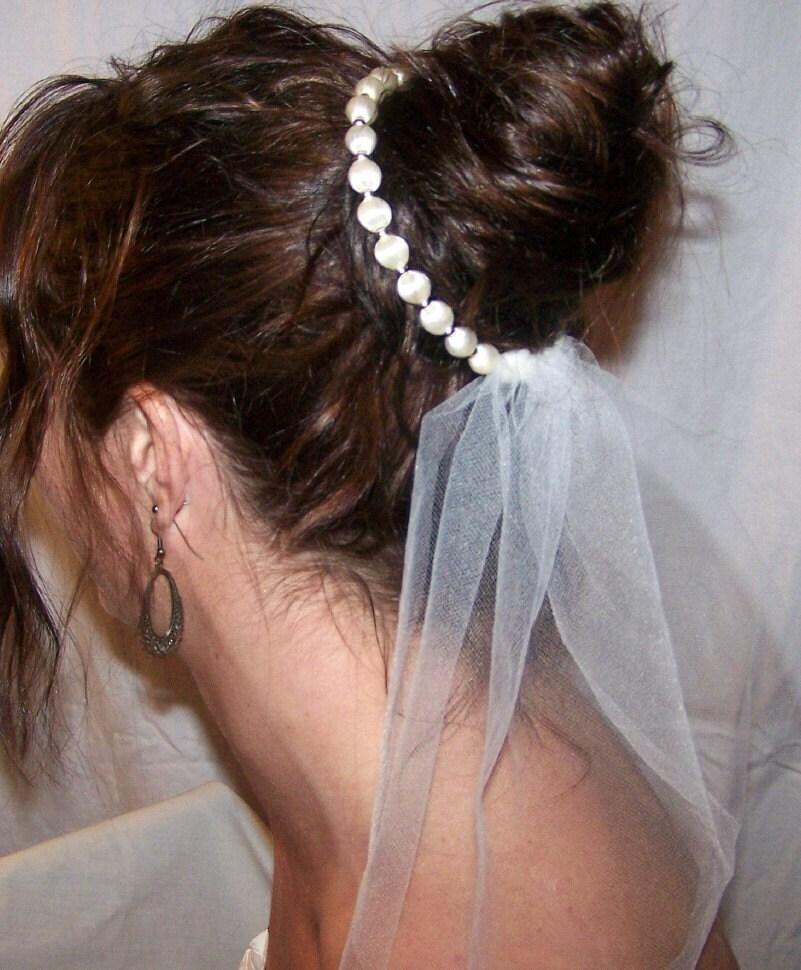 Vintage Wedding Accessories via TheELD.com