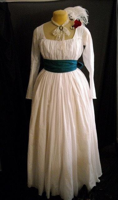 Chemise Gown 18th Century Dress Marie Antoinette Size MEDIUM, custom