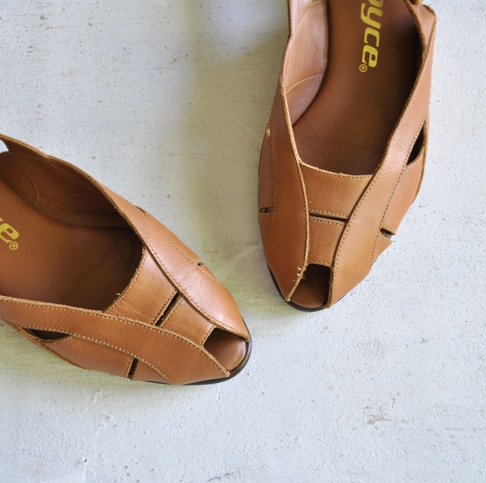 Vintage 80s CARAMEL Leather Summer Sandals by MariesVintage from etsy.com