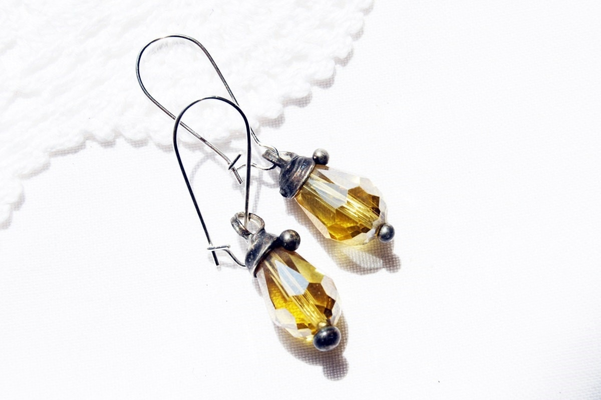 Summer earrings olive yellow crystal glass cluster dangle earrings drop hoop earrings bridesmaids wedding - CreativeStudioML