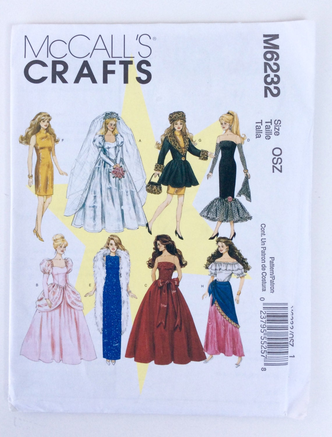Old fashioned doll clothes 77