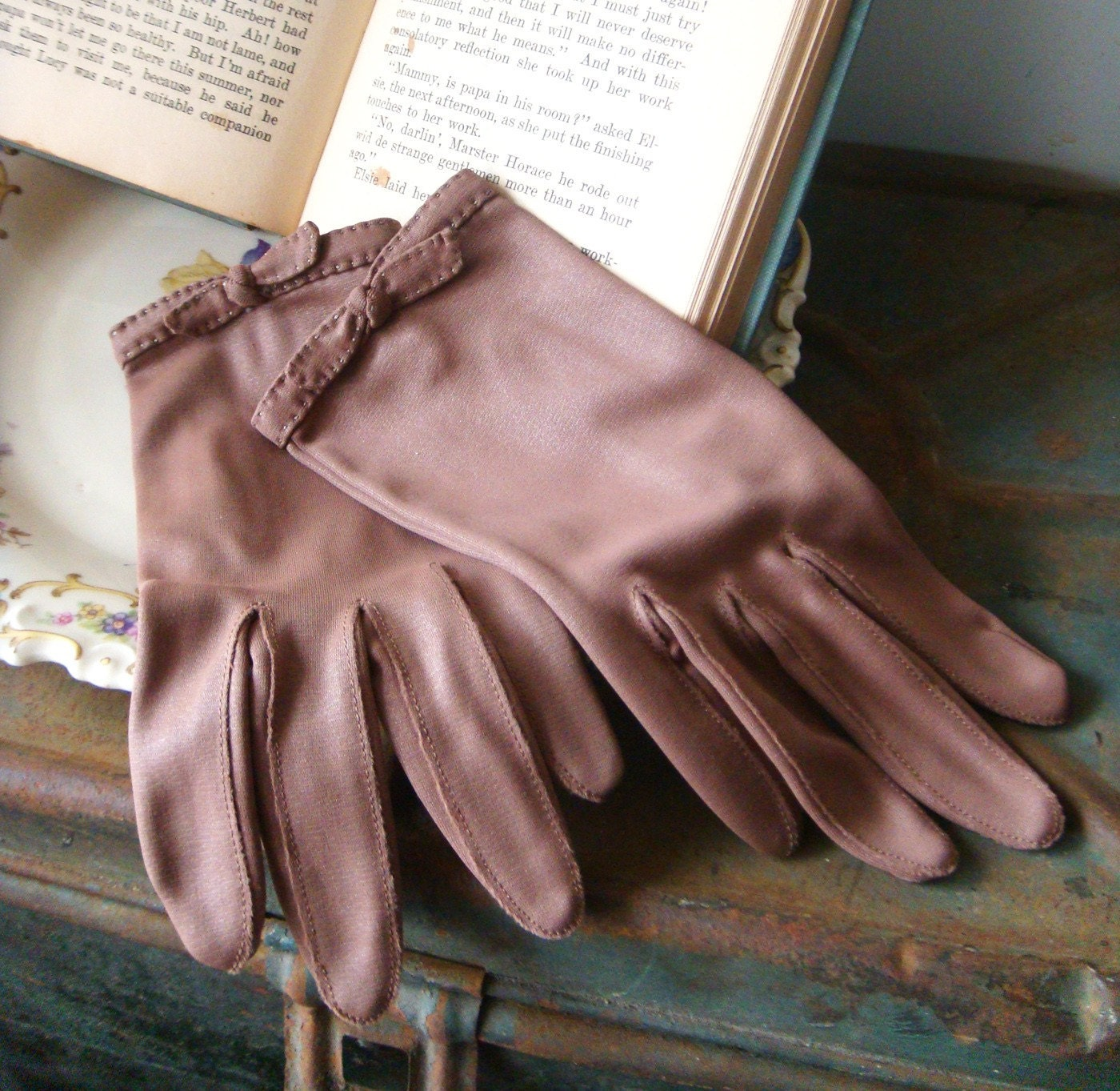Sugar and Spice Gloves - Vintage - Size 7