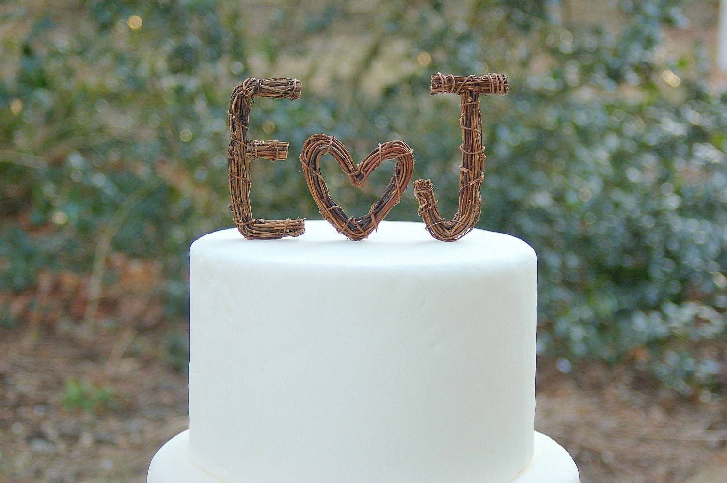 Twig Wedding Cake Topper - Custom Twig Monogram / Initials with HEART by Made Merri