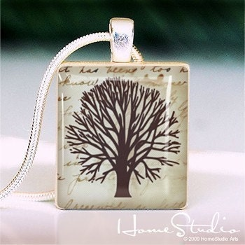 HOMESTUDIO - - - - Scrabble Tile Pendant - FAMILY TREE