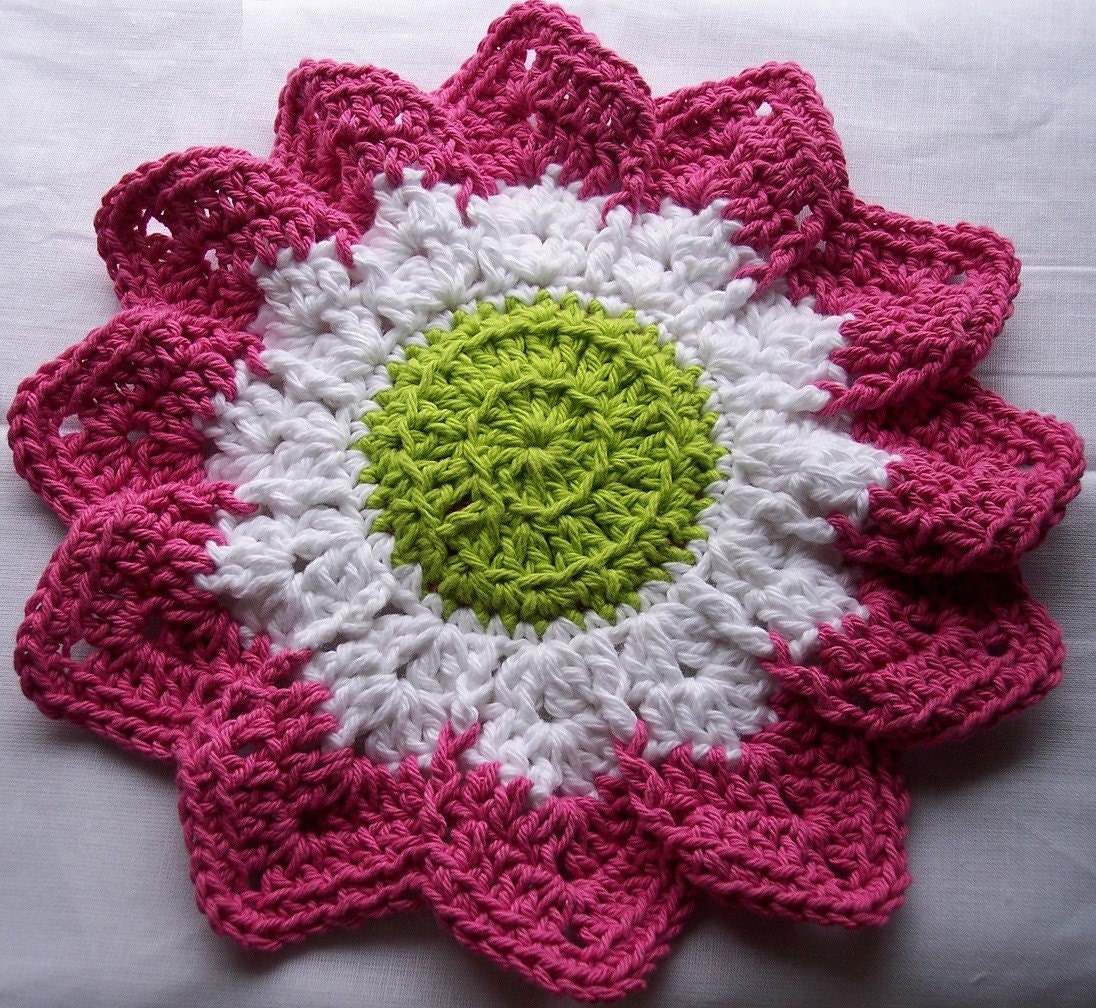 I am looking for a crochet pattern for a Dallas Cowboys afghan
