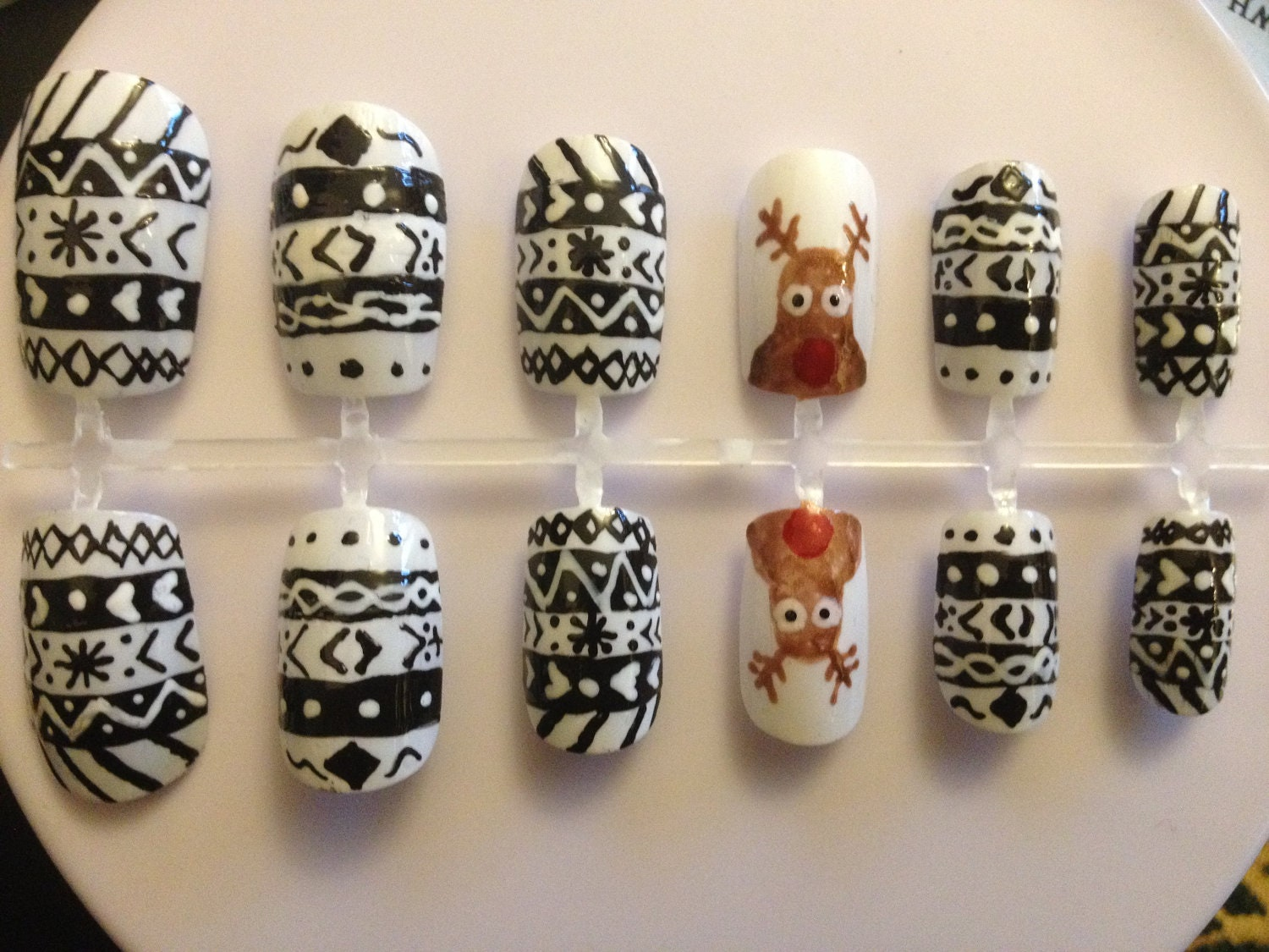 Hand painted false nails - Christmas reindeer design