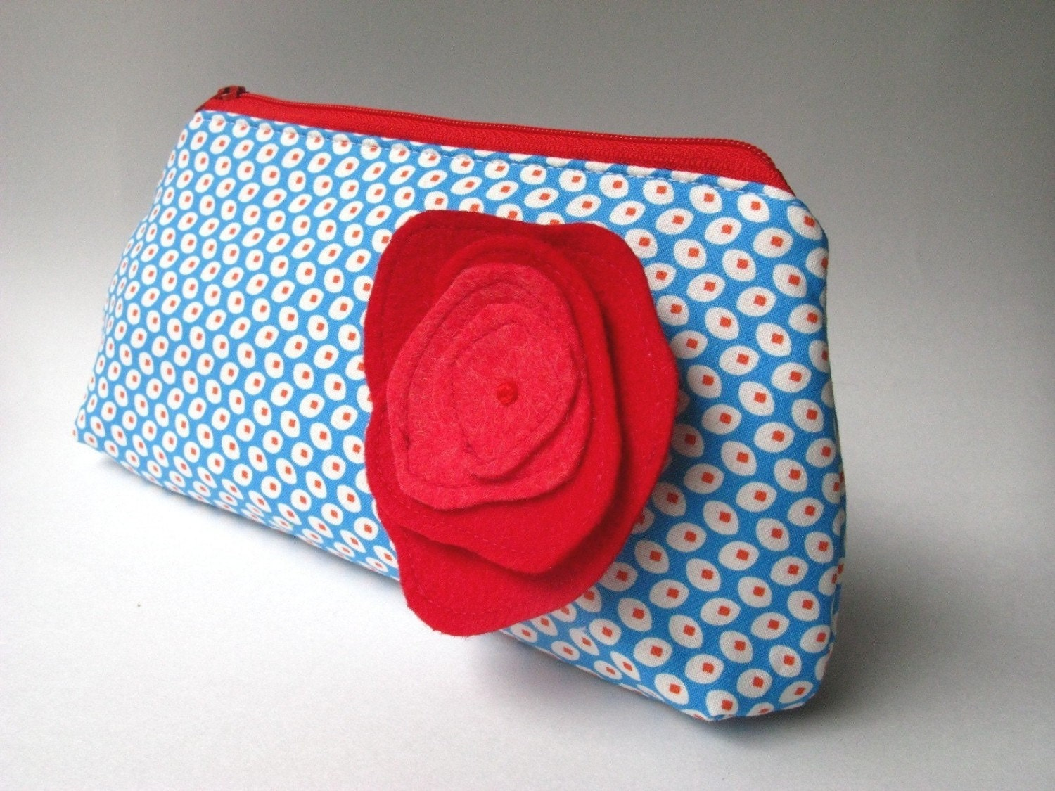 Zipper Clutch - Frenchy in Red and Blue Dots with Poppy Brooch