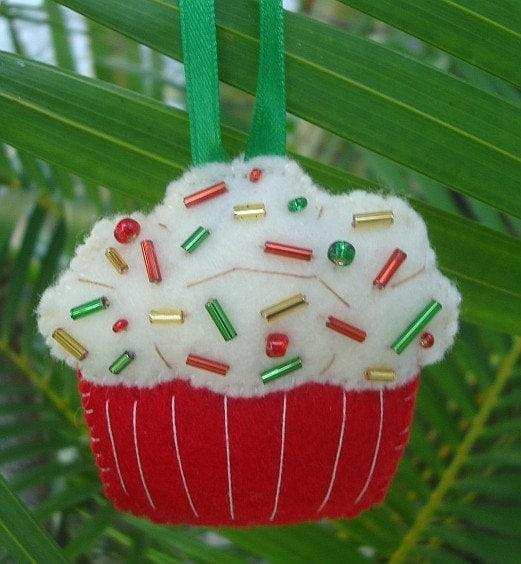 Christmas Cheer Cupcake Ornament