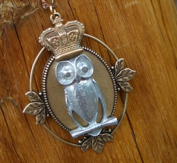 STEAMPUNK Necklace - Pewter OWL KING with Royal Crown Oxidized Brass Victorian Vintage Antique Oval Shape - FREE GIFT BOX - FREE OWL RING with ANY PURCHASE From Our ETSY STORE