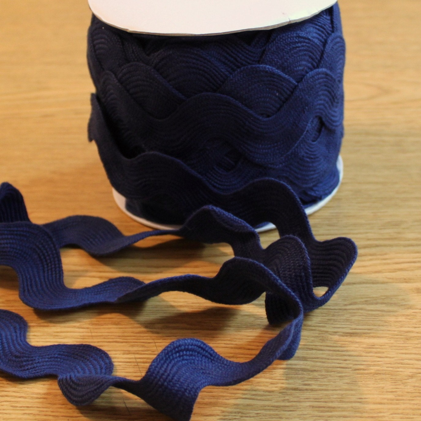 Jumbo Ric Rac in Navy Blue, 1 Yard