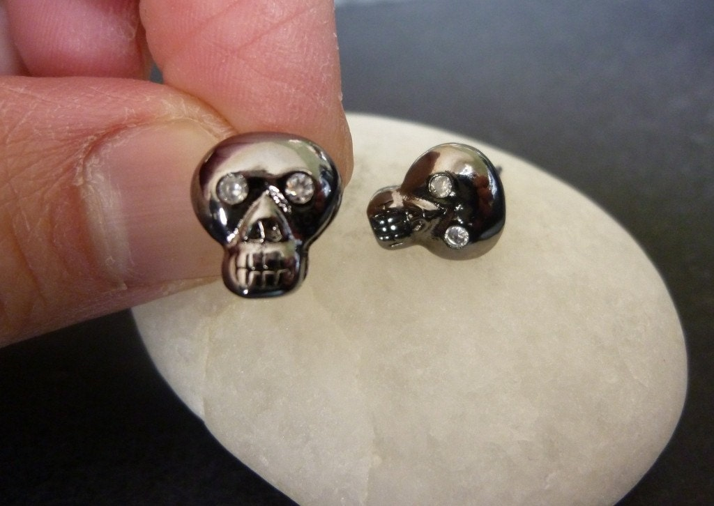 edgy skull stud earrings sterling silver post
