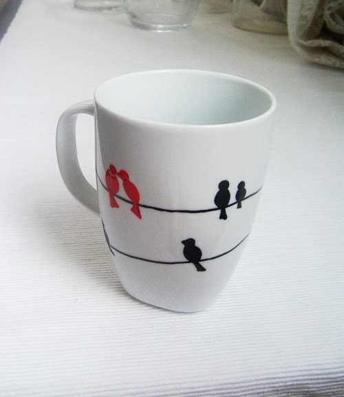 Birds in love with the wire cup-no1