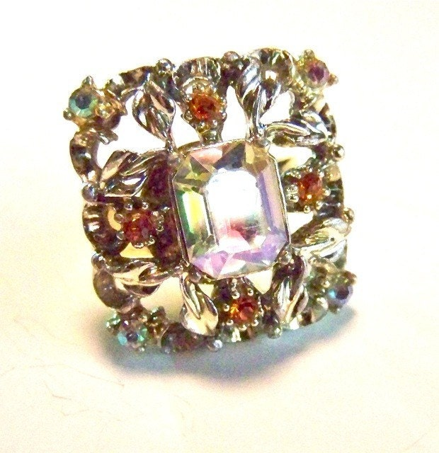 Ring Sarah Coventry Square Cut Rhinestone by dabchickvintagegems from etsy.com