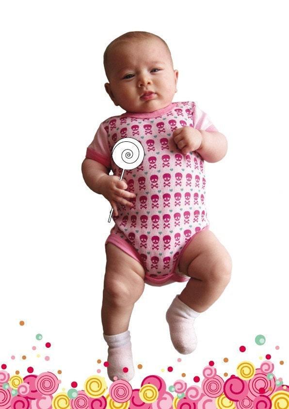CUTE PINK SKULLS baby bodysuit 0-3M pink