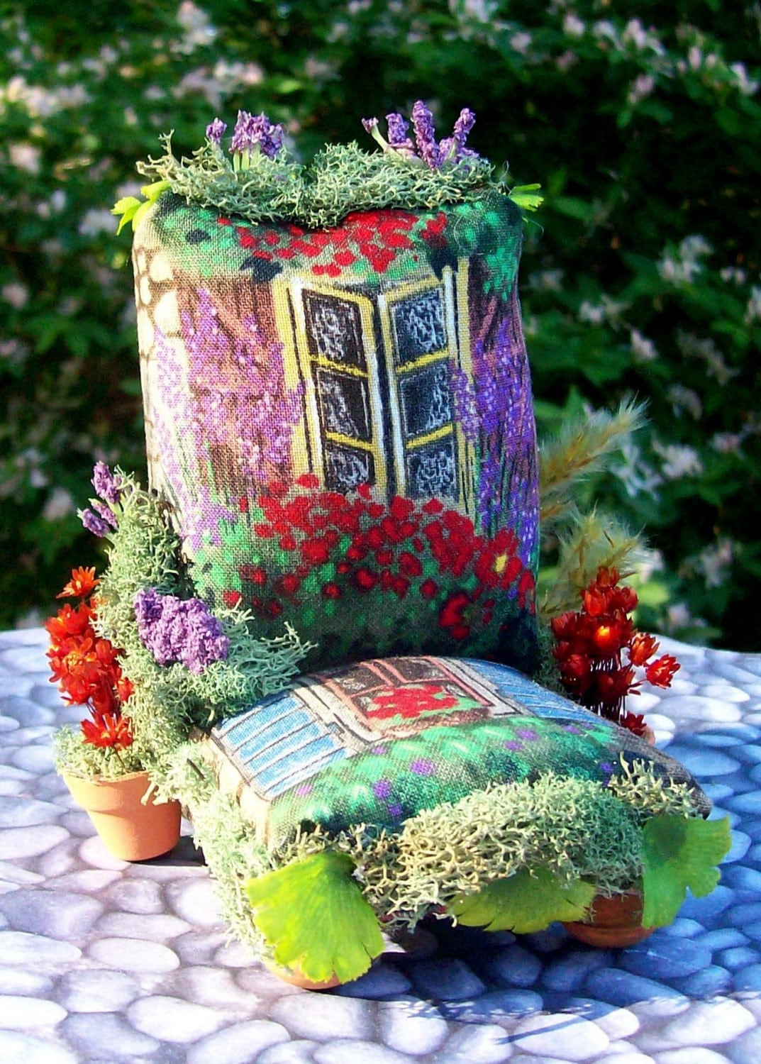 Magical Miniature Enchanted Throne - Window Box Gardener