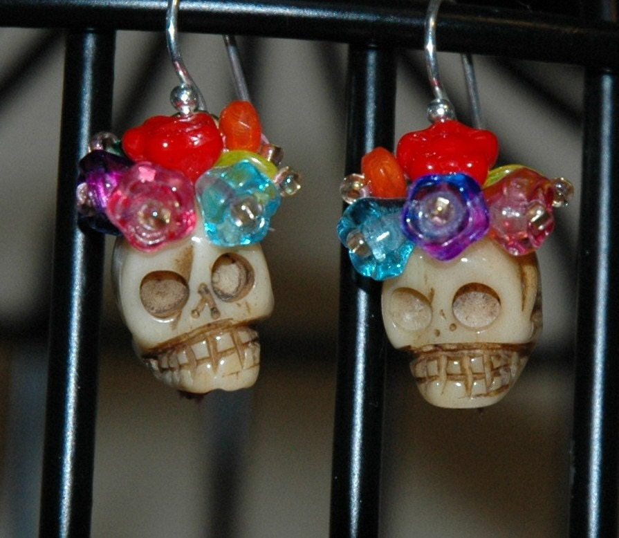 Dead Frida Earrings - Bone Skulls