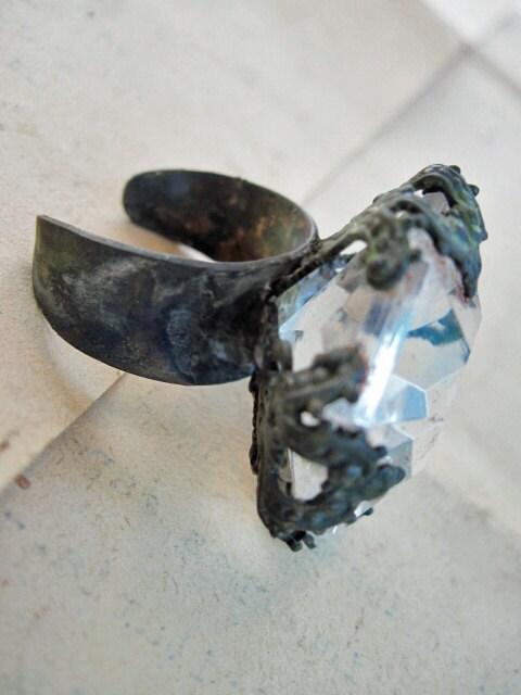 Onomatopoeia. Ring.