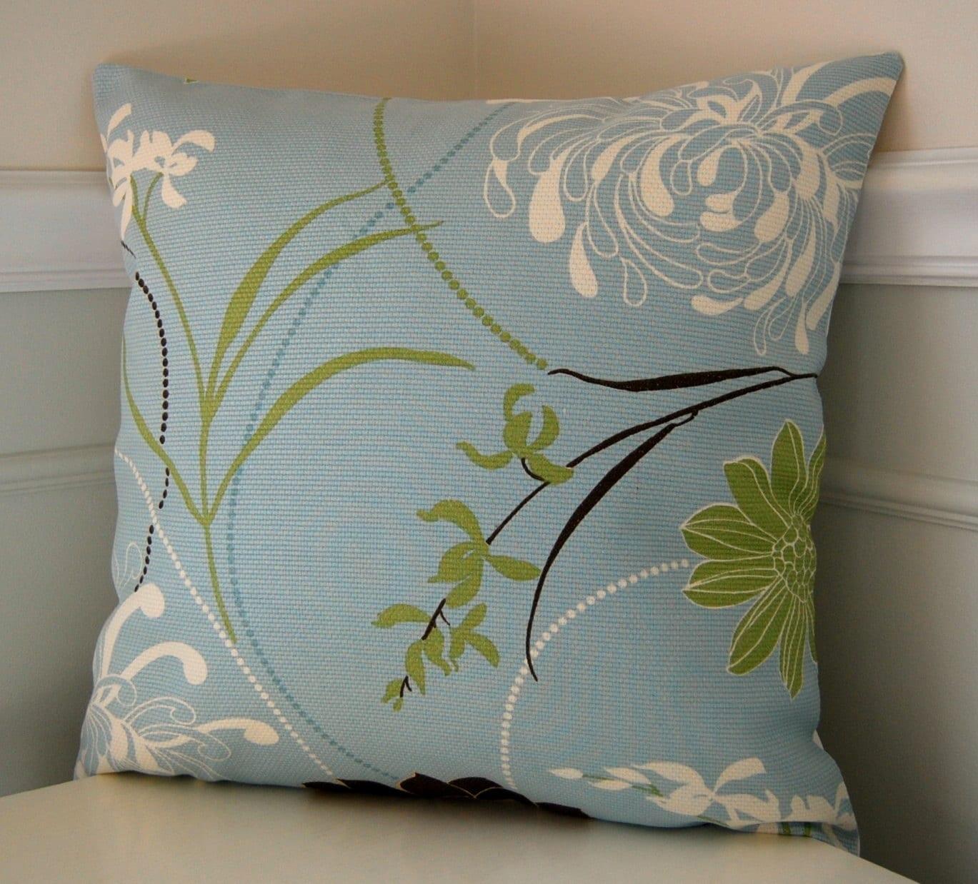 Throw Pillows Spotlight : Etsy/ Heartsy Deal Spotlight 8 June 2011 LipGlossFiend