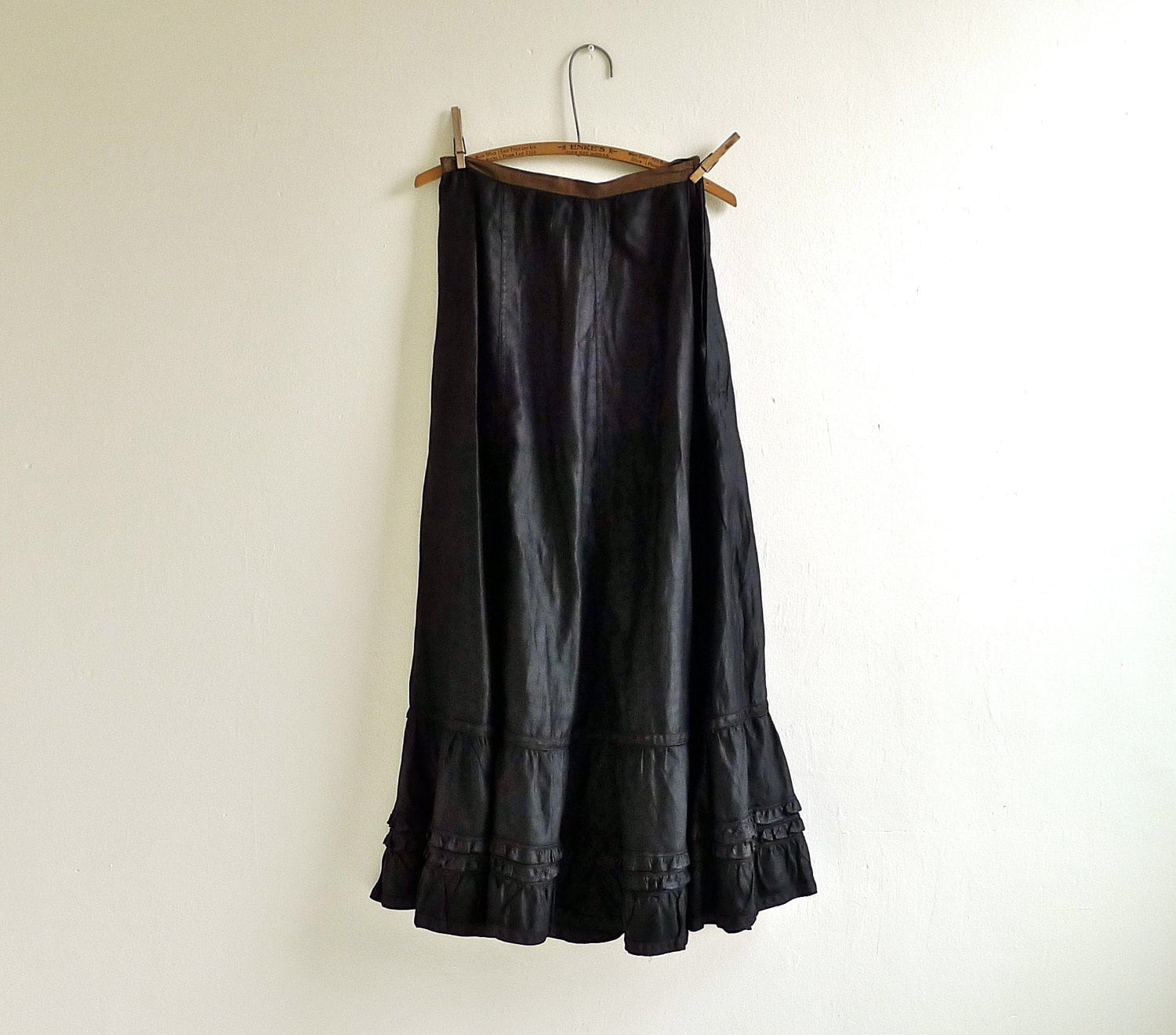 Antique Victorian Mourning Skirt - marybethhale