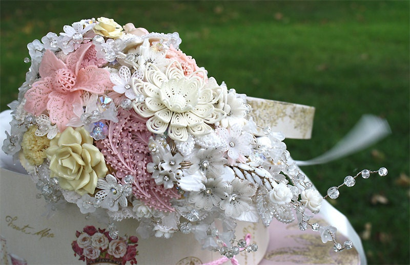 Brooch wedding bouquet UTTERLY VINTAGE vintage lacey celluoid brooches