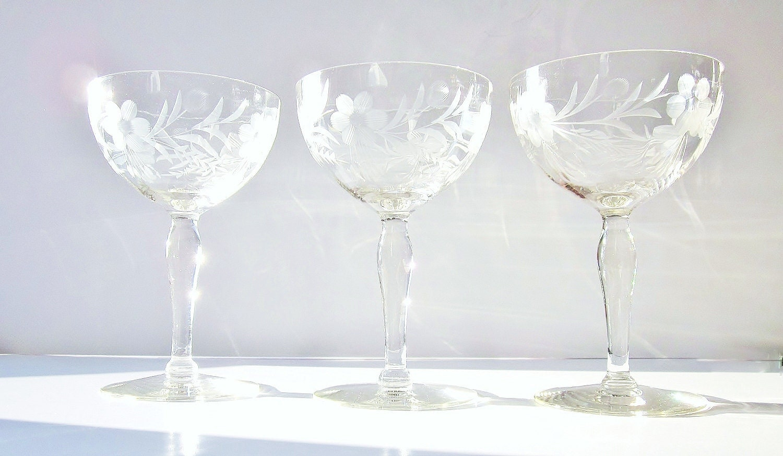 Vintage champagne glasses glassware elegant etched by jarmfarm