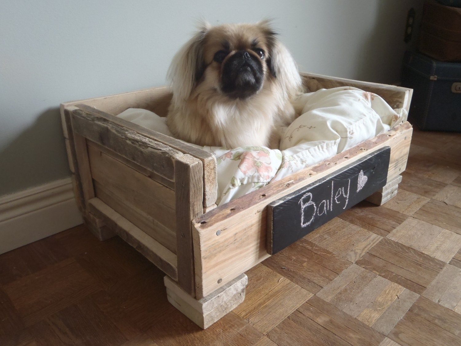 Creations and inspirations recycled dog and cat beds etsy for Build a dog bed