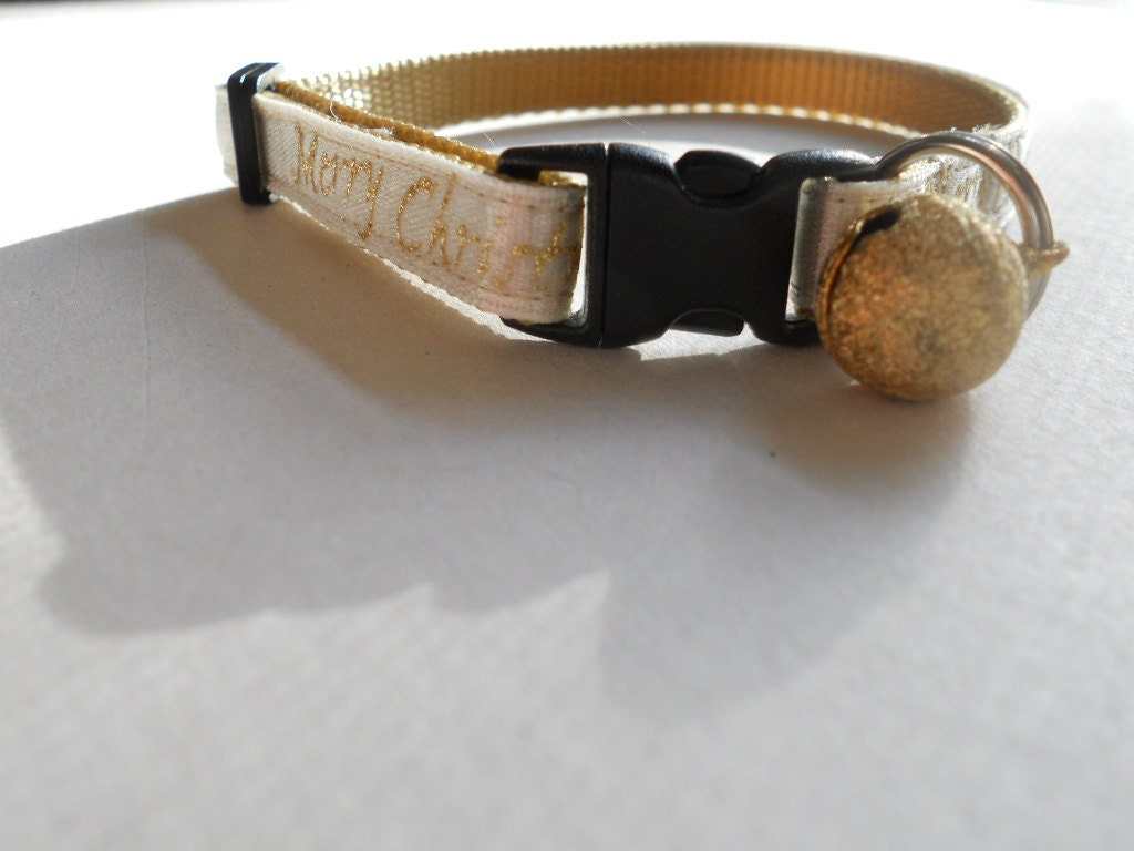 Christmas Cat Collar - subtle and sophisticated - FourPawsJewelry