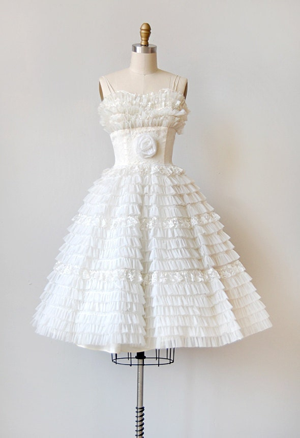 vintage 1950s ruffled white wedding dress | SWAN LAKE WEDDING DRESS