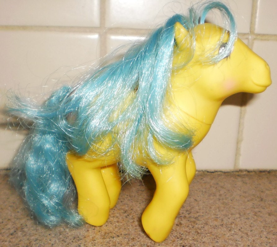 Collectible My Little Pony G1 Happy Tails Tall tails Pegasus Pony 1985