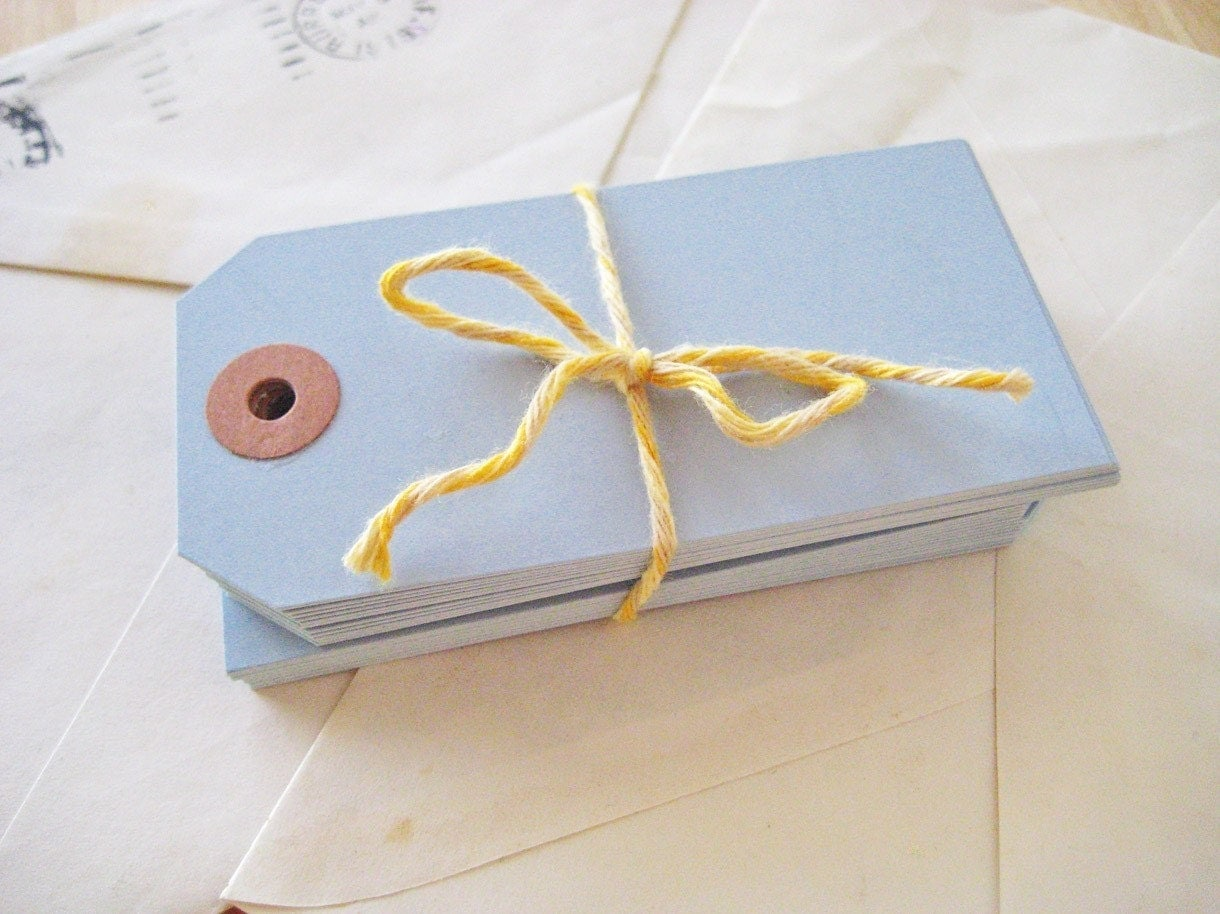 NEW - Blank Gift Tags - set of 25 in Cornflower Blue