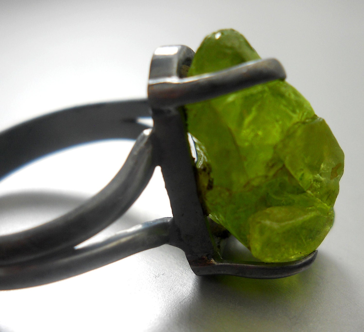 Raw druzy peridot ring